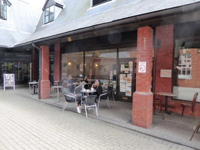 Cafe in Surrey For Sale