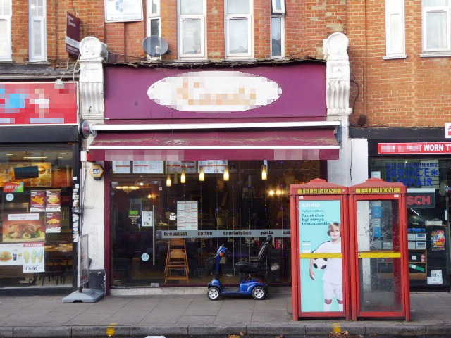 Cafe Restaurant in West London For Sale