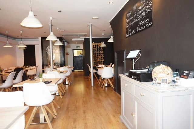 Buy a Italian Restaurant in Kent For Sale