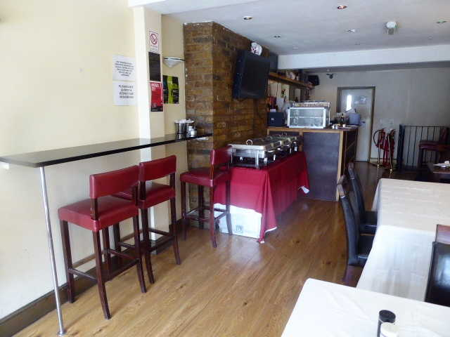Restaurant with Full On Licence in West Norwood For Sale