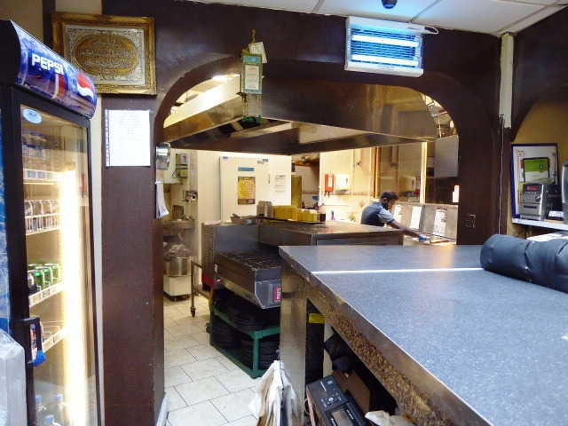 Pizza & Chicken Shop in Surrey for Sale