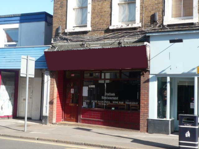 Indian Restaurant in Berkshire For Sale