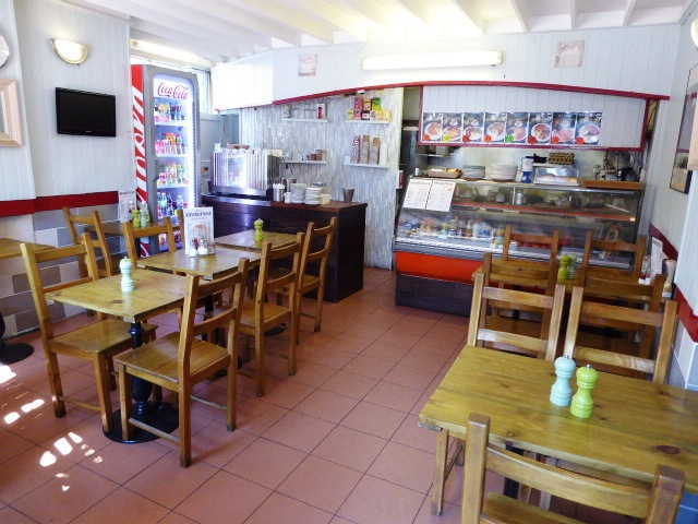 Cafe & Coffee Shop in Willesden For Sale
