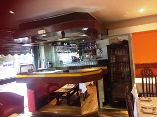 Indian Restaurant in Borehamwood For Sale