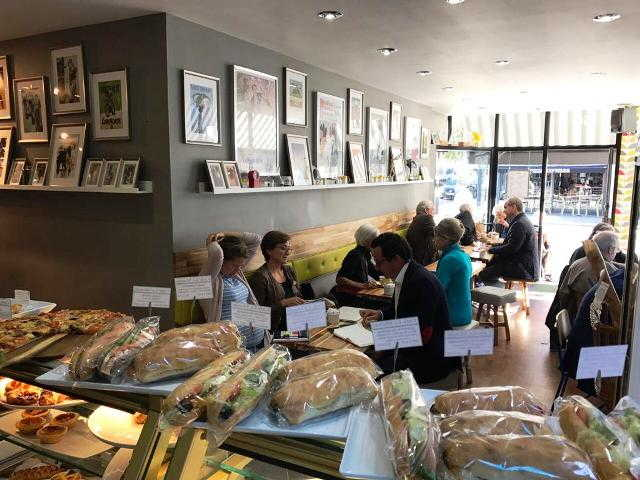 Coffee Shop & Sandwich Bar in Kensington For Sale
