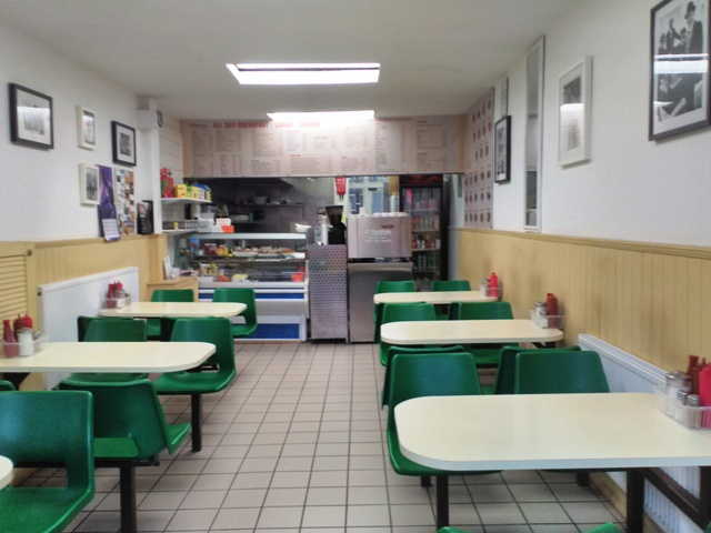 Cafe in Kingsbury for sale