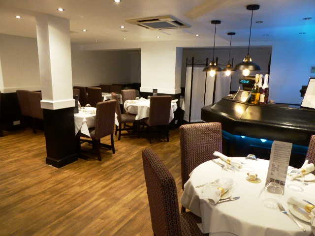 Restaurant in Surrey For Sale