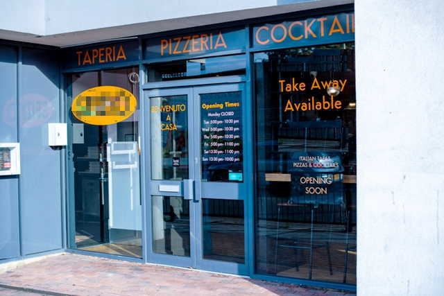 Italian Restaurant & Bar in South London For Sale