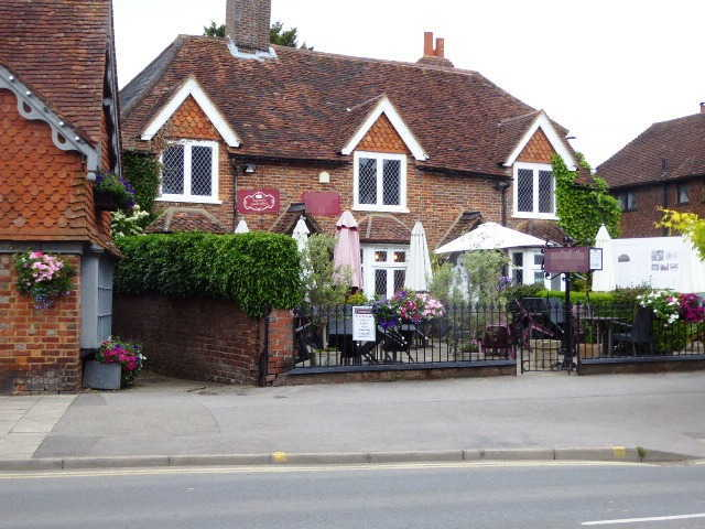 Cafe & Tea Shop in Surrey For Sale