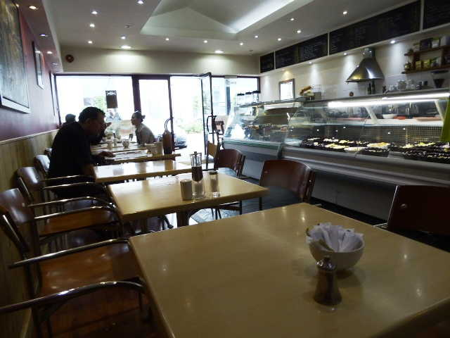 Cafe & Sandwich Bar in Slough For Sale
