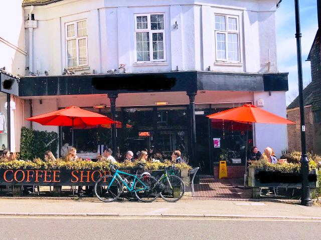 Coffee Shop and Restaurant (A3 and A4 use) in Surrey For Sale