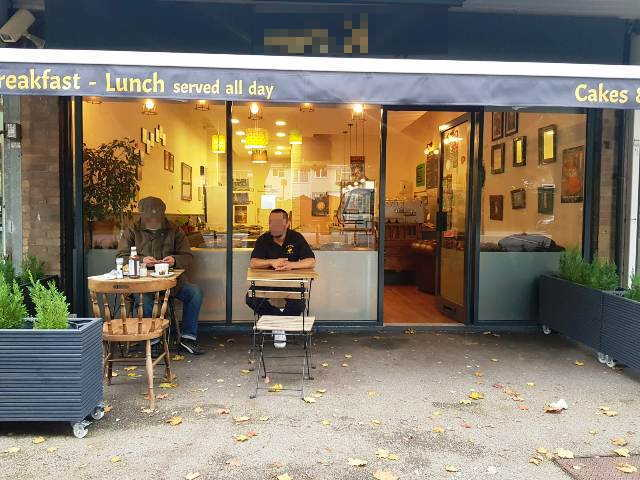 Coffee Shop in Hertfordshire For Sale