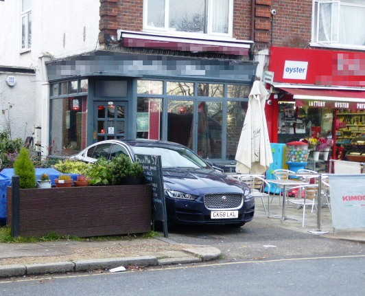 Coffee Shop and Restaurant in West London For Sale