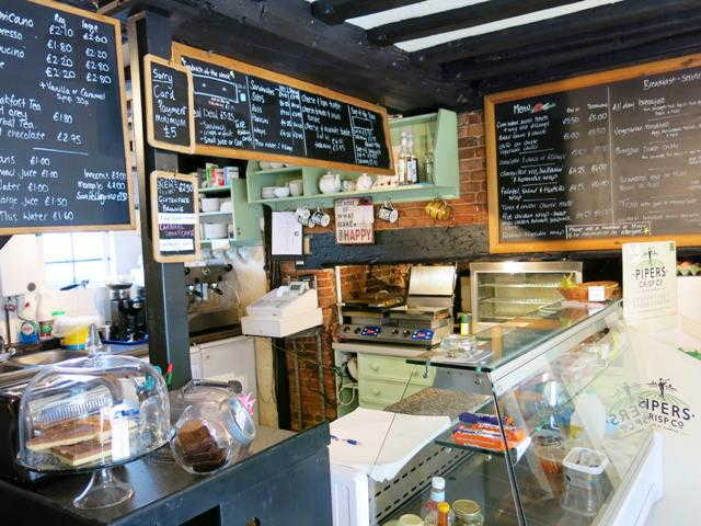 Sell a Attractive Coffee Shop in Wokingham For Sale