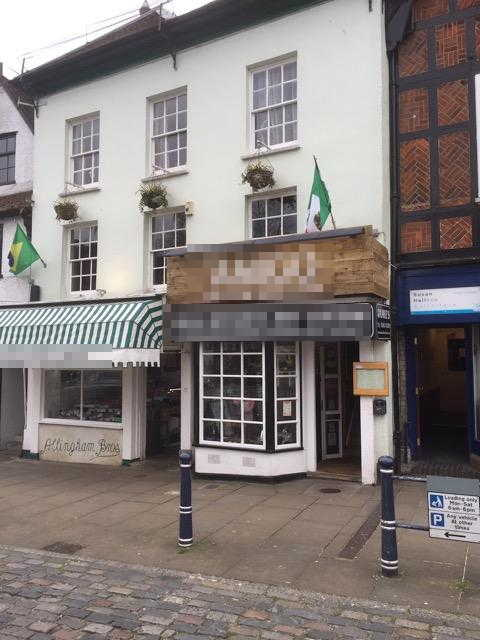 Attractive Licensed Restaurant in Hertfordshire For Sale