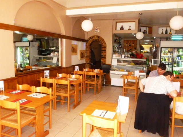 Attractive Licensed Restaurant in West Sussex For Sale