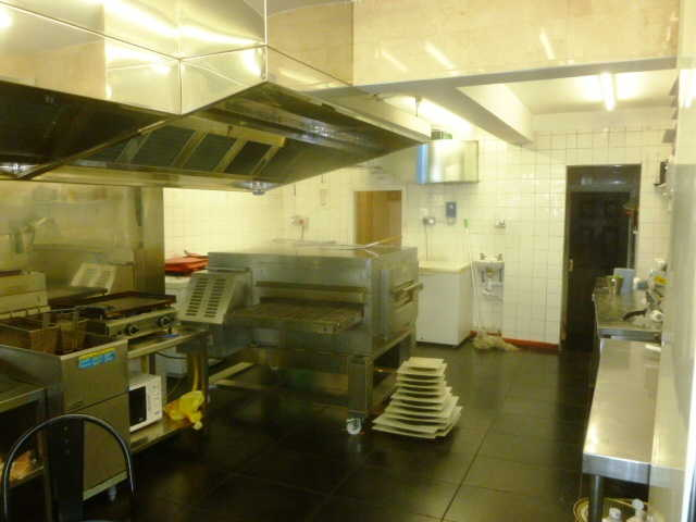 Well Fitted Pizza and Kebab Takeaway and Delivery for sale in Southfields for sale
