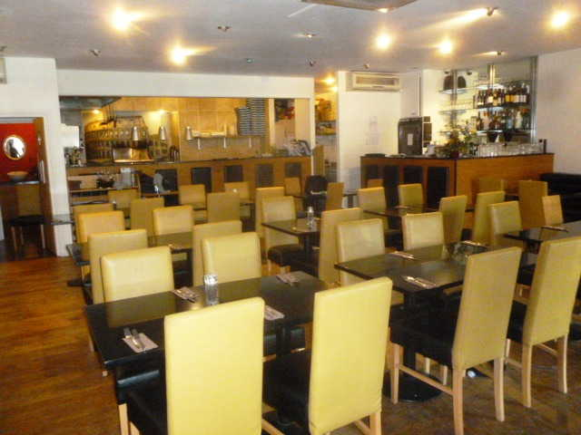 Attractive Well Fitted Licensed Italian Restaurant (Including Pizza, Pasta Plus Specials) for sale in Bedfordshire for sale