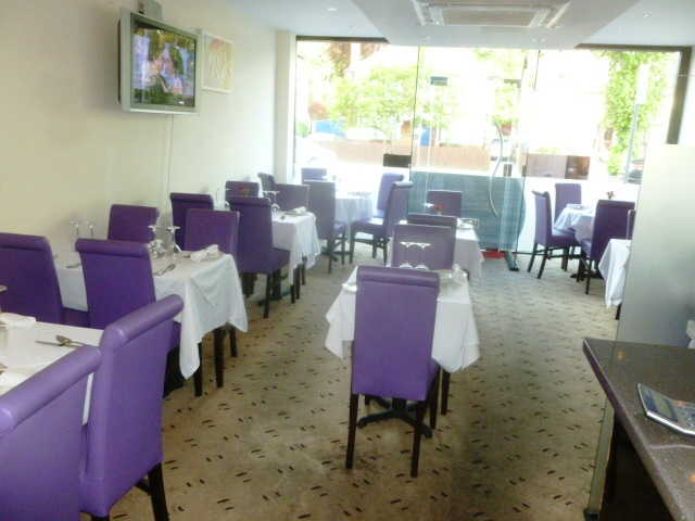 Well Fitted Restaurant for sale in Purley for sale